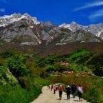 LOS PICOS DE EUROPA • Paisaje y tradición en el Camino de Santiago