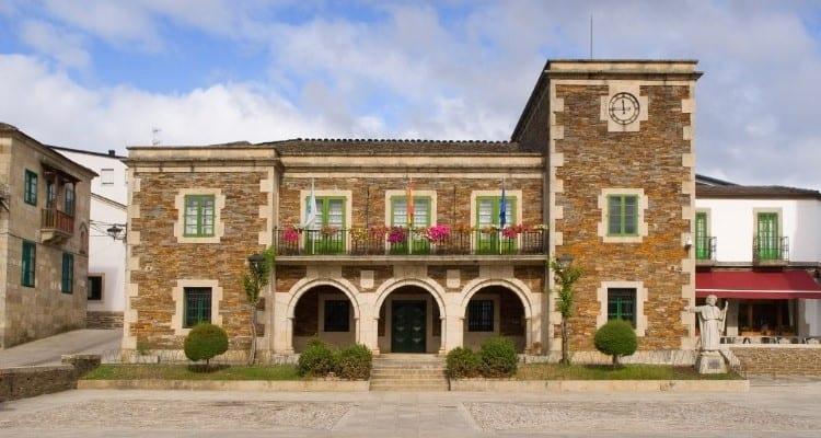 civil building in Portomarin