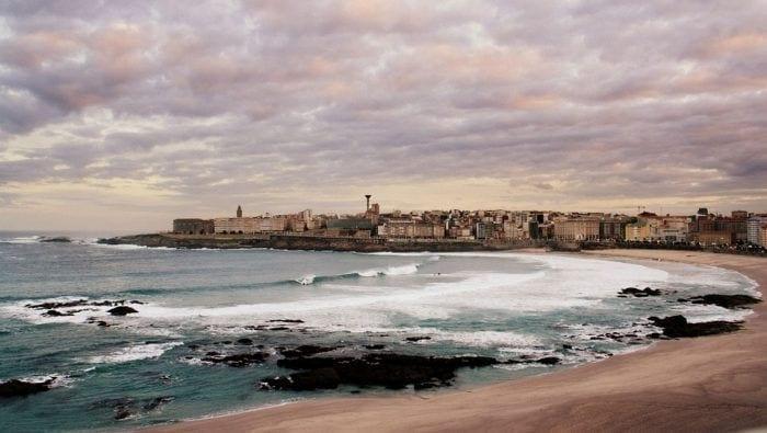 Rutas de la costa gallega • Explora los hermosos senderos del Mar Cantábrico y Océano Atlántico