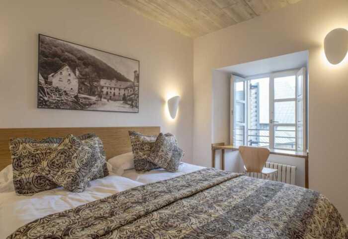 hoteles-pensiones-camino-frances-roncesvalles-logrono-1