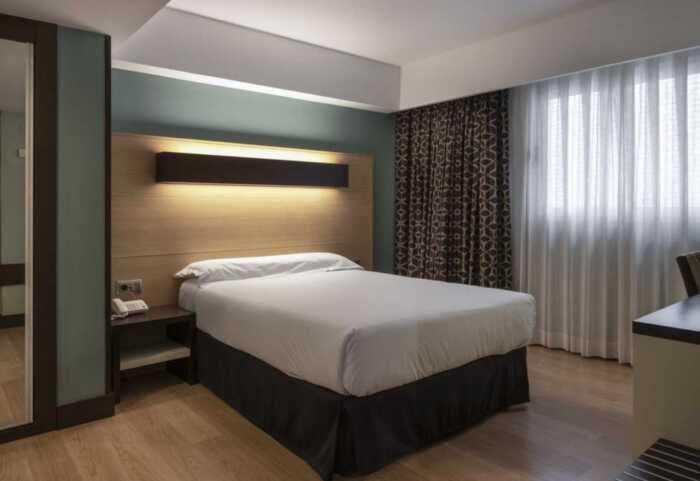 hoteles-pensiones-camino-frances-roncesvalles-logrono-2