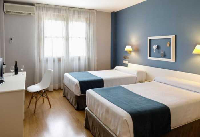 hoteles-pensiones-camino-frances-roncesvalles-logrono-3