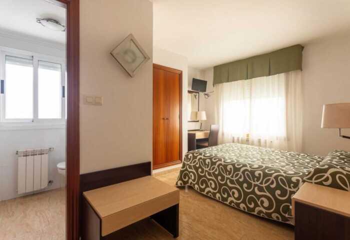 hoteles-pensiones-camino-ingles-ferrol-santiago-1