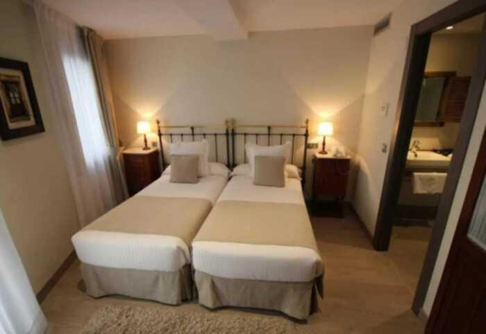hoteles-pensiones-camino-norte-bilbao-santander-2