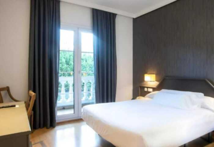 hoteles-pensiones-camino-norte-irun-bilbao-2