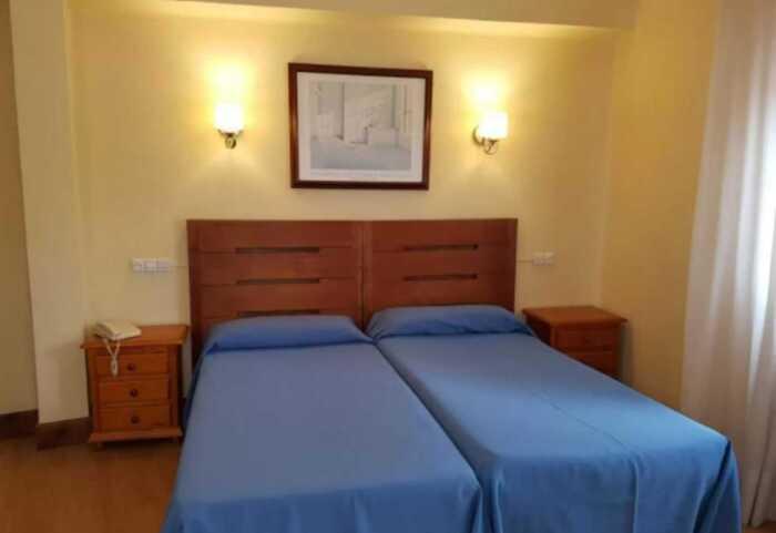 hoteles-pensiones-camino-norte-santander-ribadesella-2
