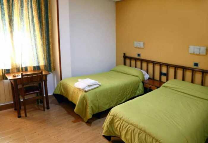 hoteles-pensiones-via-plata-merida-salamanca-4