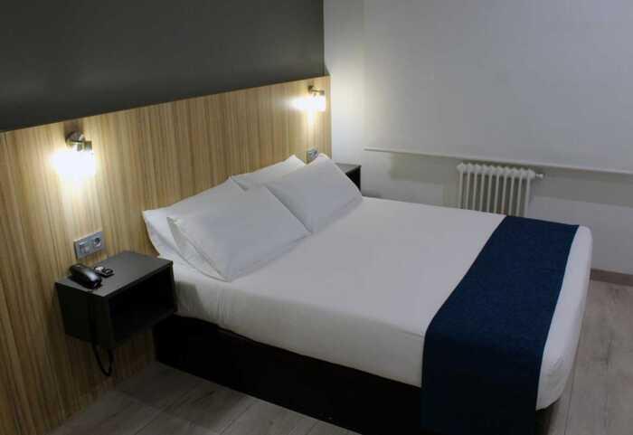hoteles-pensiones-via-plata-ourense-santiago-1