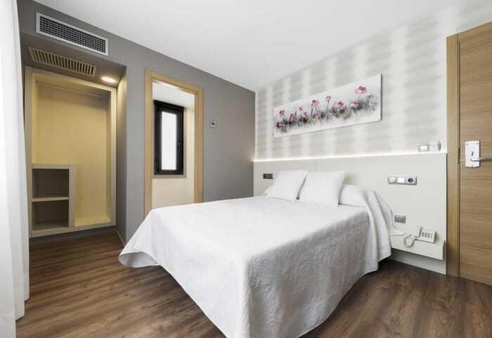 hoteles-pensiones-via-plata-ourense-santiago-2