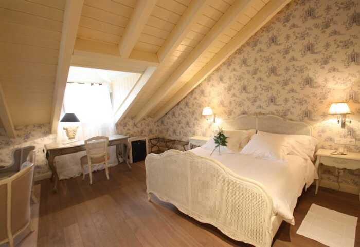 hoteles-superior-caminio-frances-leon-ocebreiro-1