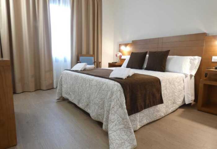 hoteles-superior-pensiones-caminio-frances-sarria-santiago-3